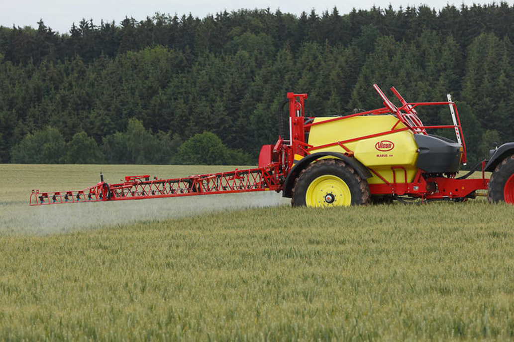 Ikarus-&-iXtrack-Trailed-Sprayer-Range-Image